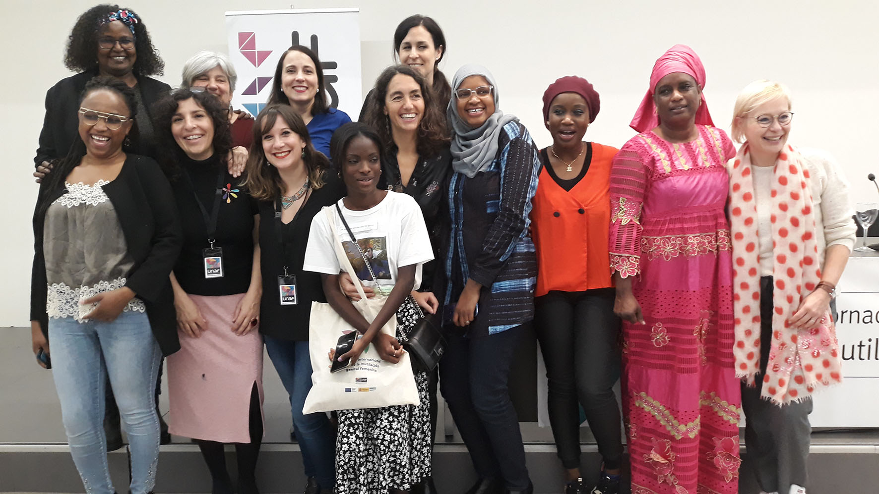 """""""Las mujeres y niñas supervivientes de mutilación genital femenina necesitan una atención integral de calidad"""""""
